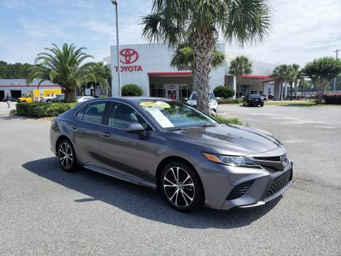 Pre-Owned 2019 Toyota Camry SE FWD 4D Sedan