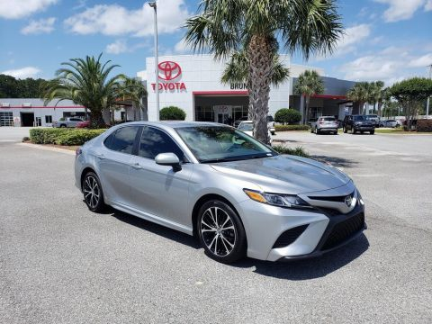 Certified Pre-Owned 2019 Toyota Camry SE FWD 4D Sedan