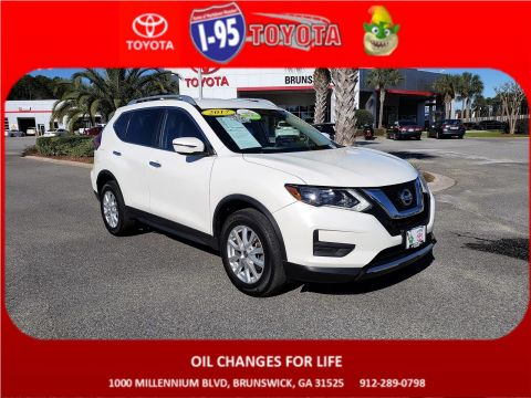 Pre-Owned 2017 Nissan Rogue SV AWD Sport Utility